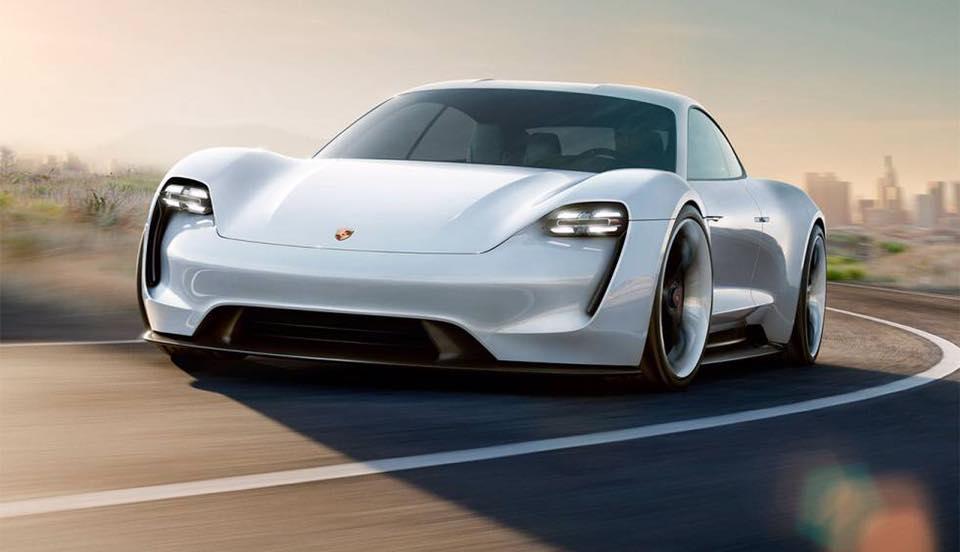 Porsche raddoppia i volumi della Taycan