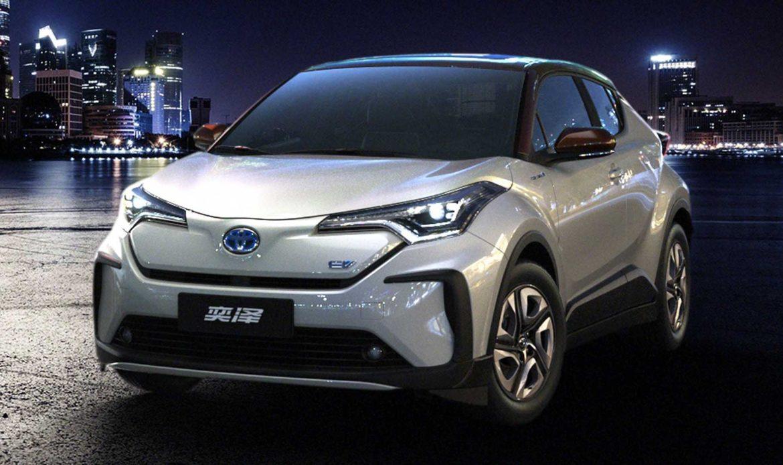 Toyota C-HR elettrica presentata a Shanghai. La prima con batterie allo stato solido?