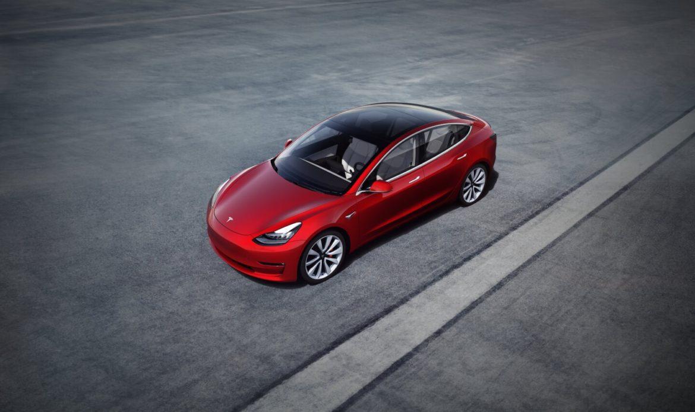 In Canada la Tesla più economica di sempre.