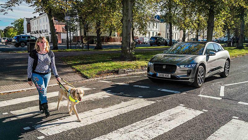 """Dal primo luglio 2019 le Auto Elettriche dovranno fare """"rumore"""""""