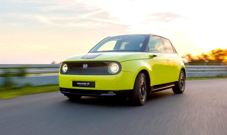 """Honda E, la City Car sportiva è """"senza freno"""""""