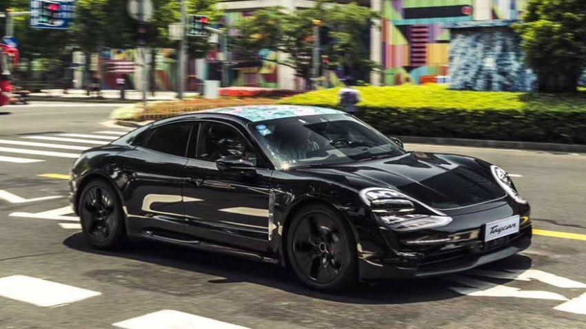 """Prima """"sfilata"""" per la Porsche Taycan a Shanghai"""