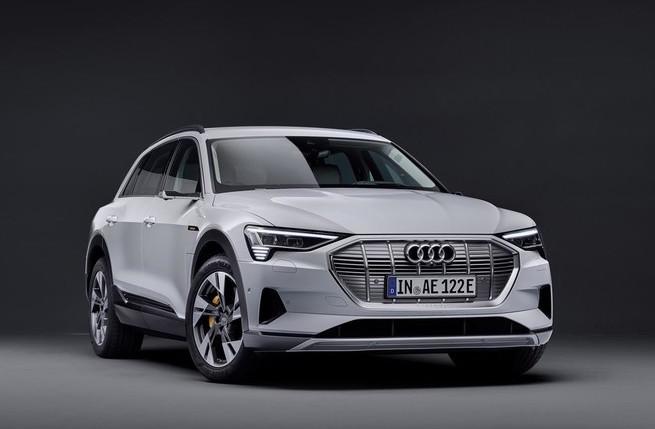 """Arriva il SUV """"entry level"""" Audi: e-tron 50 Quattro"""