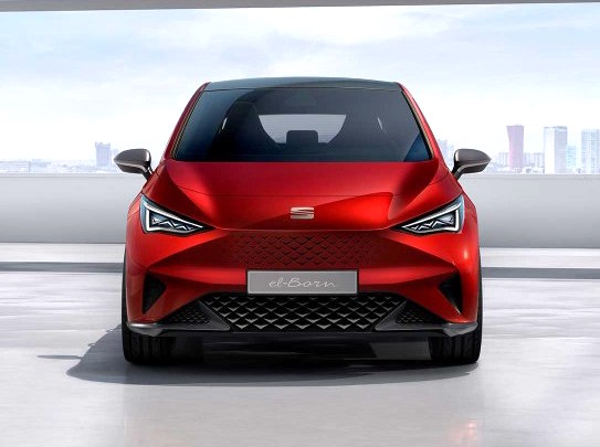 Seat El-Born l'utilitaria con 62 kWh