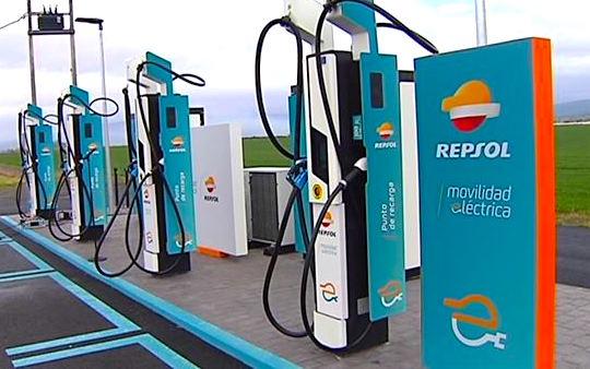 400 kW – Repsol installa il charger più potente d'Europa
