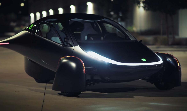 Aptera Paradigm, l'auto elettrica a ricarica solare conta oltre 7.000 prenotazioni